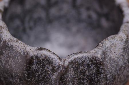 Detail Akzentschale mit bläulicher Lasur
